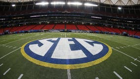 SEC votes 14-0 to invite Texas, Oklahoma to join conference