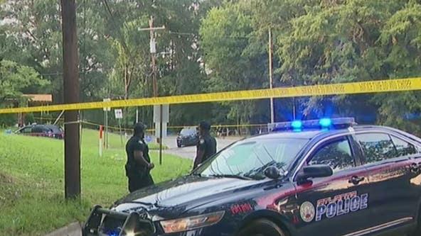 1 dead, 2 shot in northwest Atlanta, police investigate