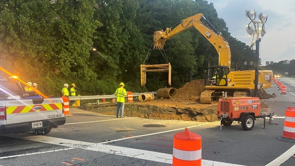 Emergency repairs after sinkhole forms along I-285 off-ramp at Cobb Parkway