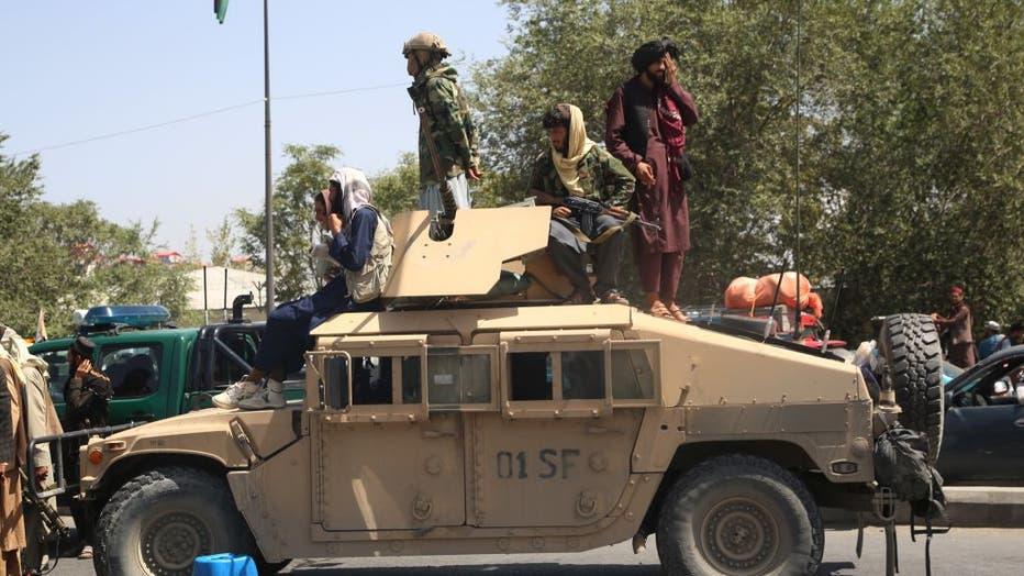 Xinhua Headlines: Taliban says to form inclusive gov't as int'l community urges peace