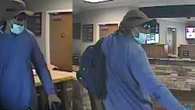 Police search for gunman in Acworth bank robbery