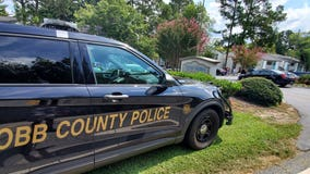 Hostage rescued, suspect killed standoff at Smyrna apartments, police say