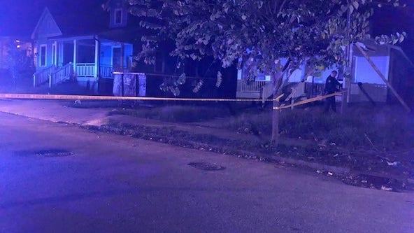 Police investigating deadly stabbing at Southwest Atlanta home