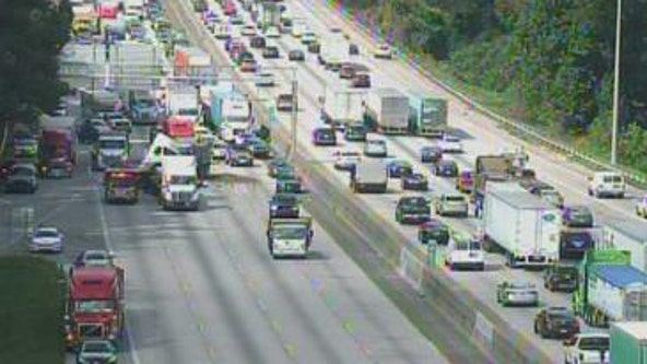 Major wreck closes all southbound lanes on I-285 in DeKalb County