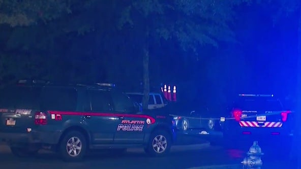 Police investigating triple shooting at NW Atlanta apartment complex