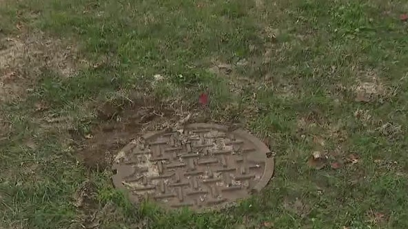 NJ mom jumps into manhole to save sinking toddler