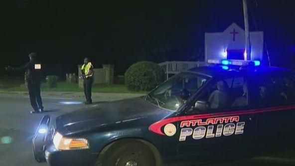 Man killed, woman shot near NW Atlanta nightclub