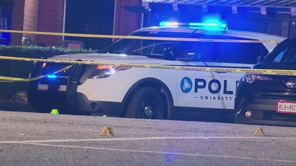 Police searching for suspect in deadly triple shooting at Norcross bar