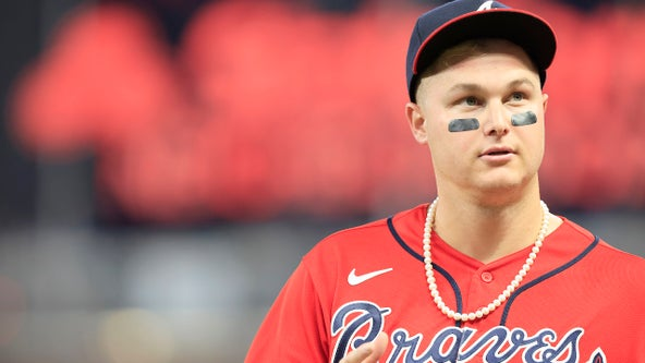 RED OUT: Braves ask fans to dress in red for Game 3 of World Series Friday