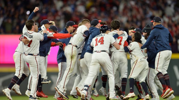 Braves win NLCS Game 1, Austin Riley delivers walk-off single
