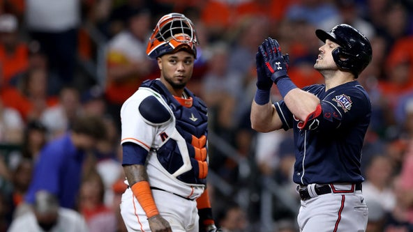 Duvall goes deep in 3rd, Braves pull away from Astros 5-0 in Game One of World Series