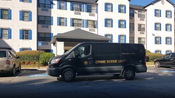 Body found at hotel off Barrett Parkway, police say