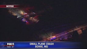 Small plane crashes in field in Bowie