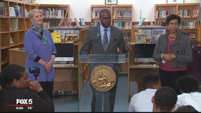 DC Public Schools Chancellor Antwan Wilson resigns following schools lottery scandal