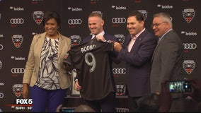 DC United introduces English soccer star Wayne Rooney