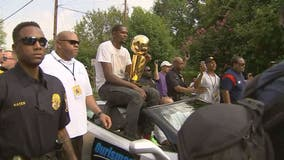 Kevin Durant Day parade celebrates hometown MVP