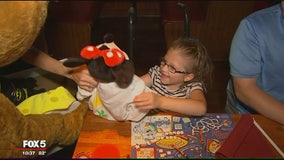 8-year-old girl with spina bifida surprised with dream trip to Disney World