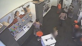 Video: 6 suspects stole $24K in cell phones from Gaithersburg store, cops say