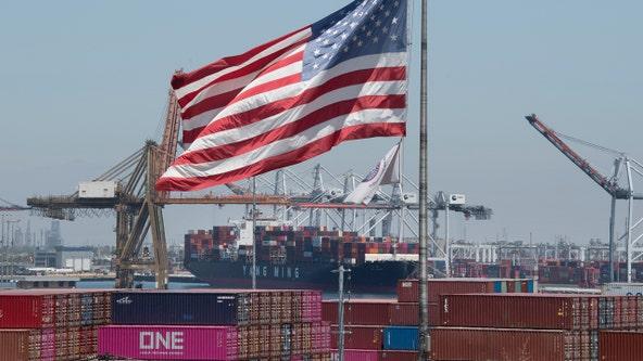 US stocks drop sharply as US-China trade war escalates