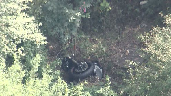 Police responding to deadly Fairfax County motorcycle crash