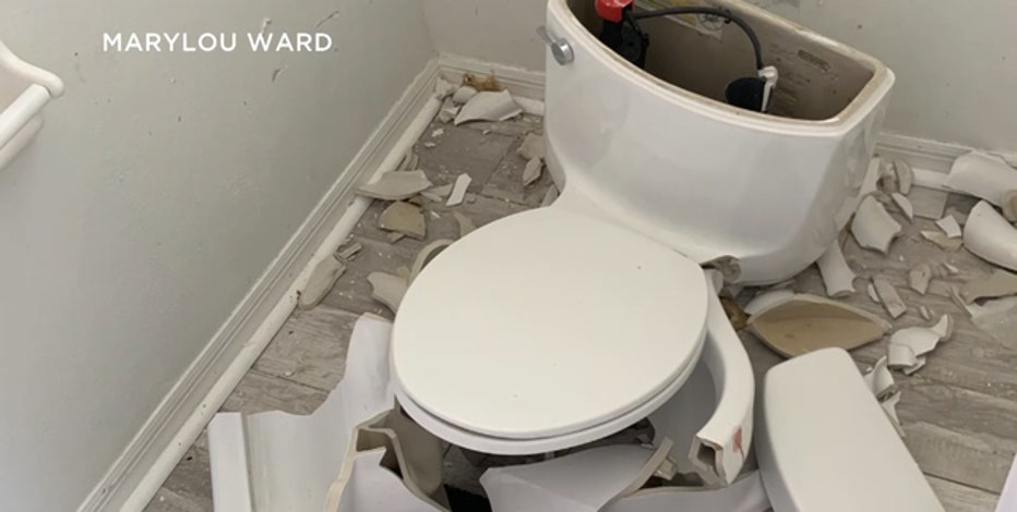 Lightning strike causes Florida home's toilet to explode | FOX 5 DC