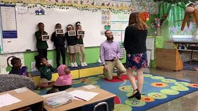 Teacher's boyfriend plans surprise proposal with students' help