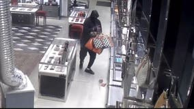 Gucci store robbed in Northwest DC, police say