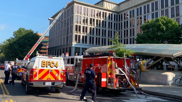 2-alarm fire damages commercial building in Northwest DC