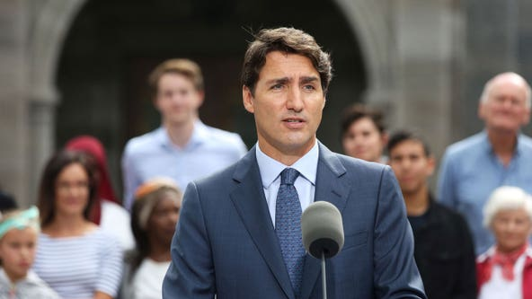 Trudeau appears set to hold onto government