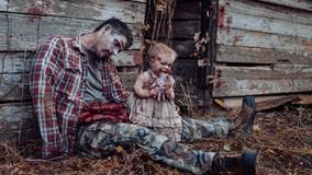 Dad, daughter pose for Halloween zombie-themed photo shoot, have a 'great family day'