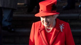Queen Elizabeth II, close family celebrate Christmas