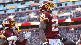 Adrian Peterson rushes into the record books, but Redskins still fall to Eagles