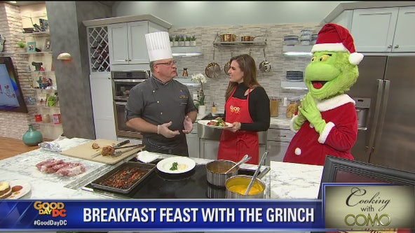 Cooking With Como: Breakfast Feast with The Grinch