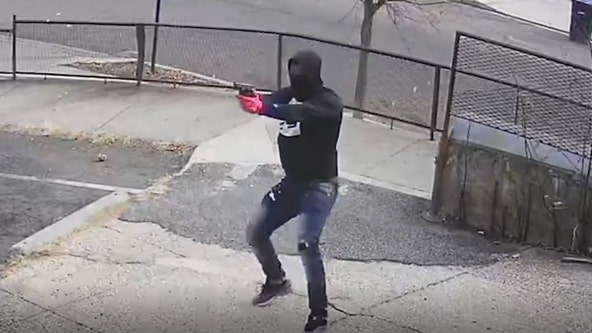 Southeast D.C. shooter caught on camera