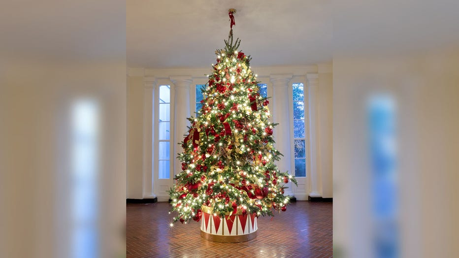 Photos: First lady Melania Trump unveils 2019 White House Christmas decorations