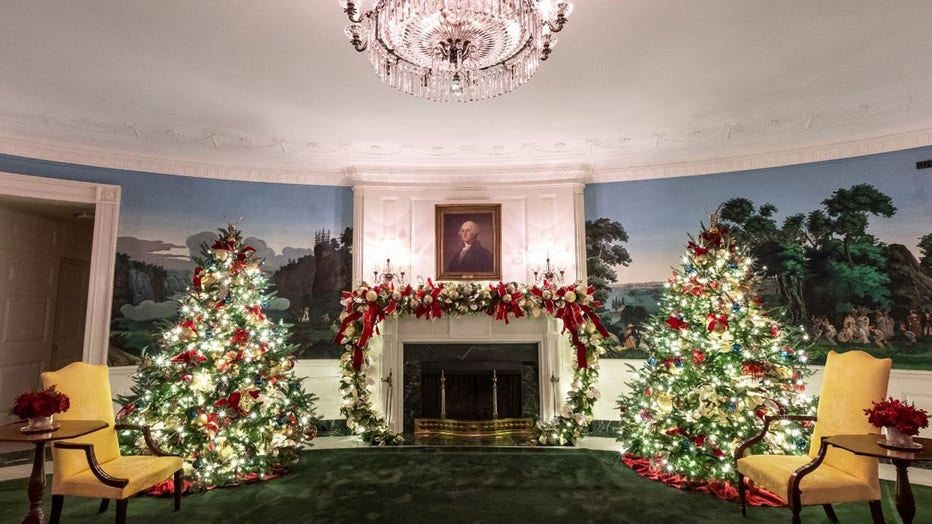Photos First Lady Melania Trump Unveils 2019 White House Christmas Decorations