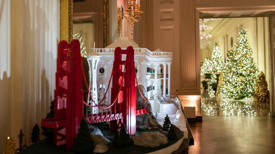 Photos First Lady Melania Trump Unveils 2019 White House Christmas Decorations