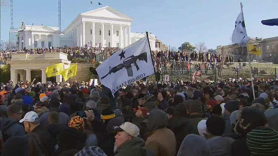Thousands Of Gun Rights Activists Crowd Streets Of Richmond
