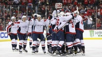 Caps' Alex Ovechkin joins hockey's all-time greats with historic 700th goal