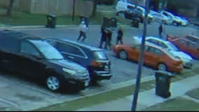 Teen attacked by mob in Manassas: video
