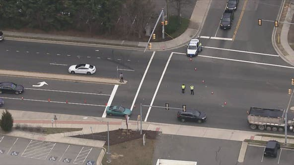 Pedestrian serious injured in Springfield crash, police say