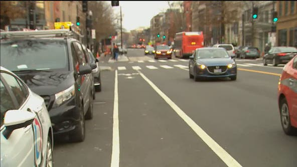 DC will issue $150 tickets to drivers blocking bike lanes starting Saturday