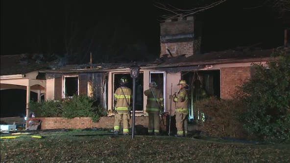 4 firefighters transported after early morning blaze damages home in Upper Marlboro area of Prince George's County