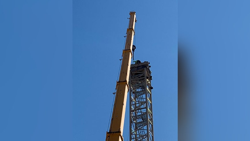 Firefighters save man atop crane in Northeast D.C.