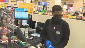 Community thanks grocery store employees for being on the front lines during COVID-19 pandemic