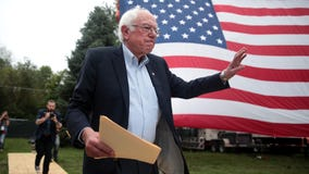 Bernie Sanders calls on House to return to Capitol Hill to negotiate USPS funding, remove Postmaster General