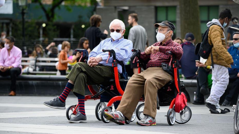 3430991b-Daily Life In New York City Amid Coronavirus Outbreak