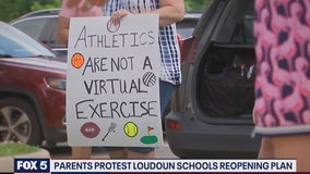 Loudoun County school district parents protest reopening plans