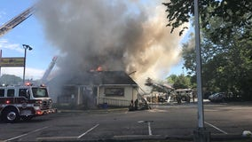 Restaurant erupts in flames in Prince George's County