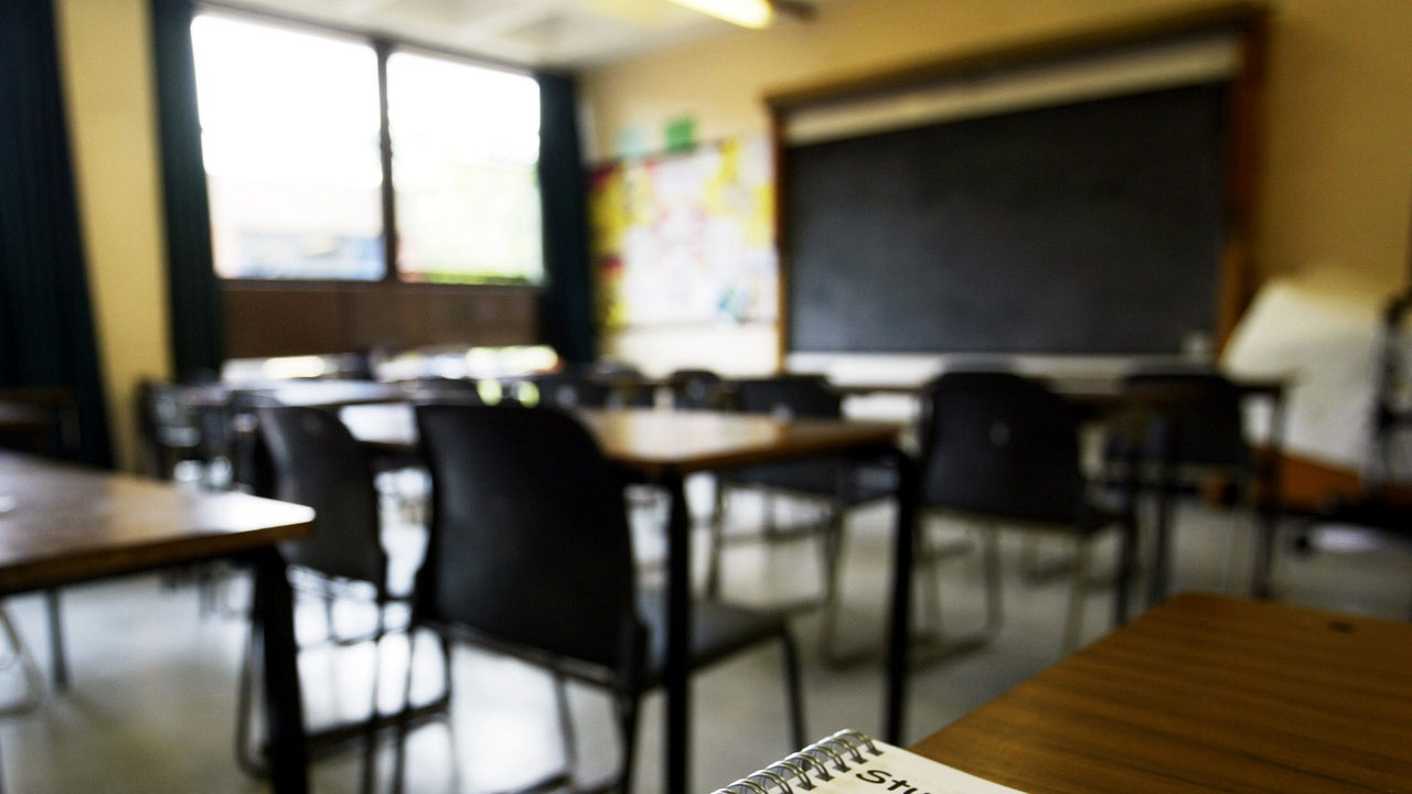 Photo of Union urges Fairfax County teachers to take 'mental health day' on Wednesday